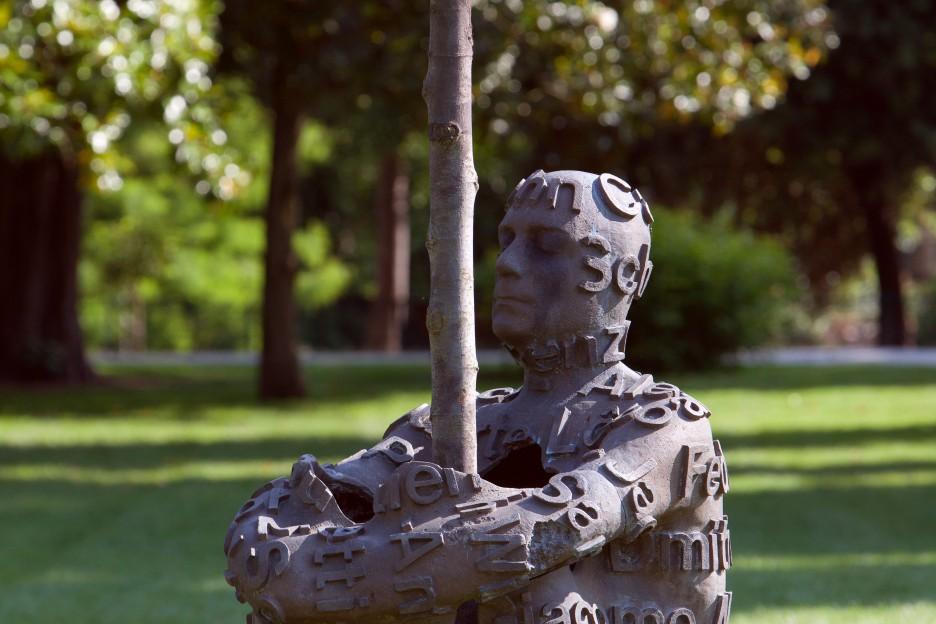 Oeuvre Jaume Plensa Jardin Public à Bordeaux en portrait