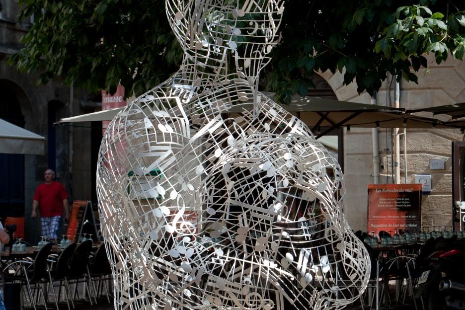 Oeuvre Jaume Plensa place Saint-Pierre à Bordeaux